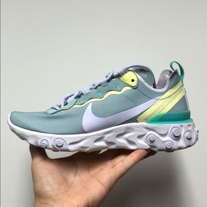 WOMENS Nike React Element 55